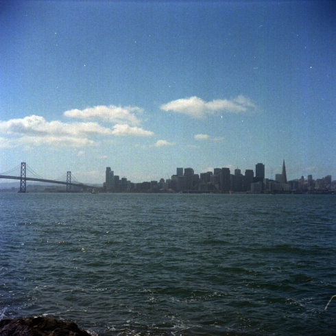 Kodak Portra 160 VC - TReasure Island, la vista del Bay Bridge e lo Skyline di San Francisco (la prossima volta mi porto una panoramica!)