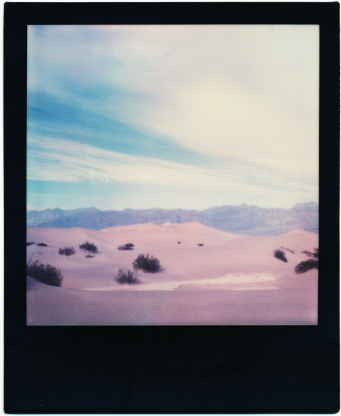 Polaroid SX70 - Impossible Color SX70 black frame